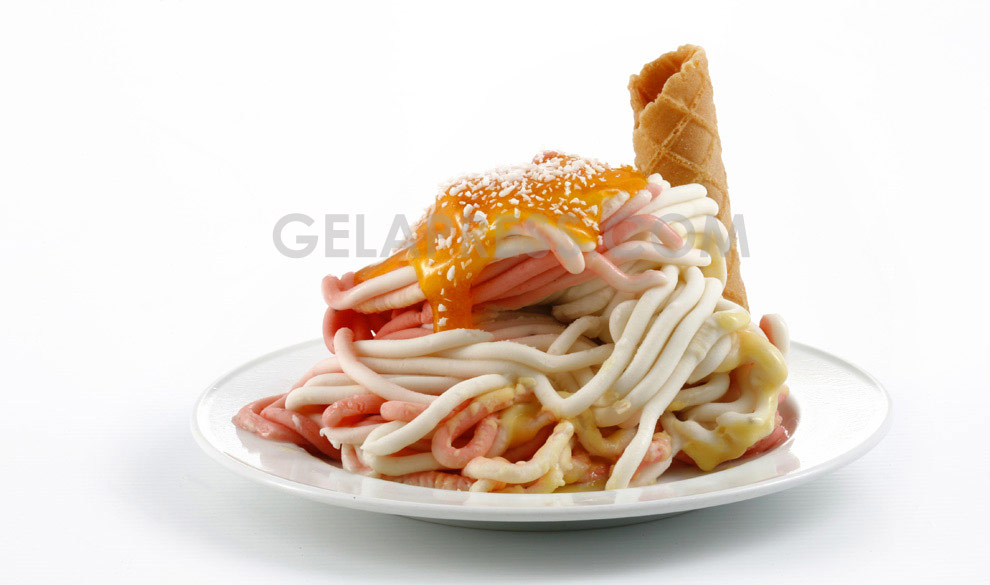 Spaghetti gelato with toppings